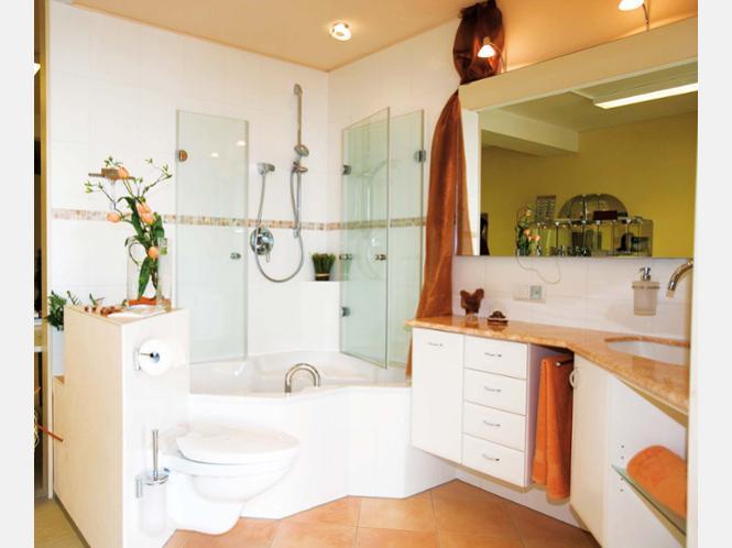 gem tlichkeit und viel platz in einem kleinen bad das ist. Black Bedroom Furniture Sets. Home Design Ideas