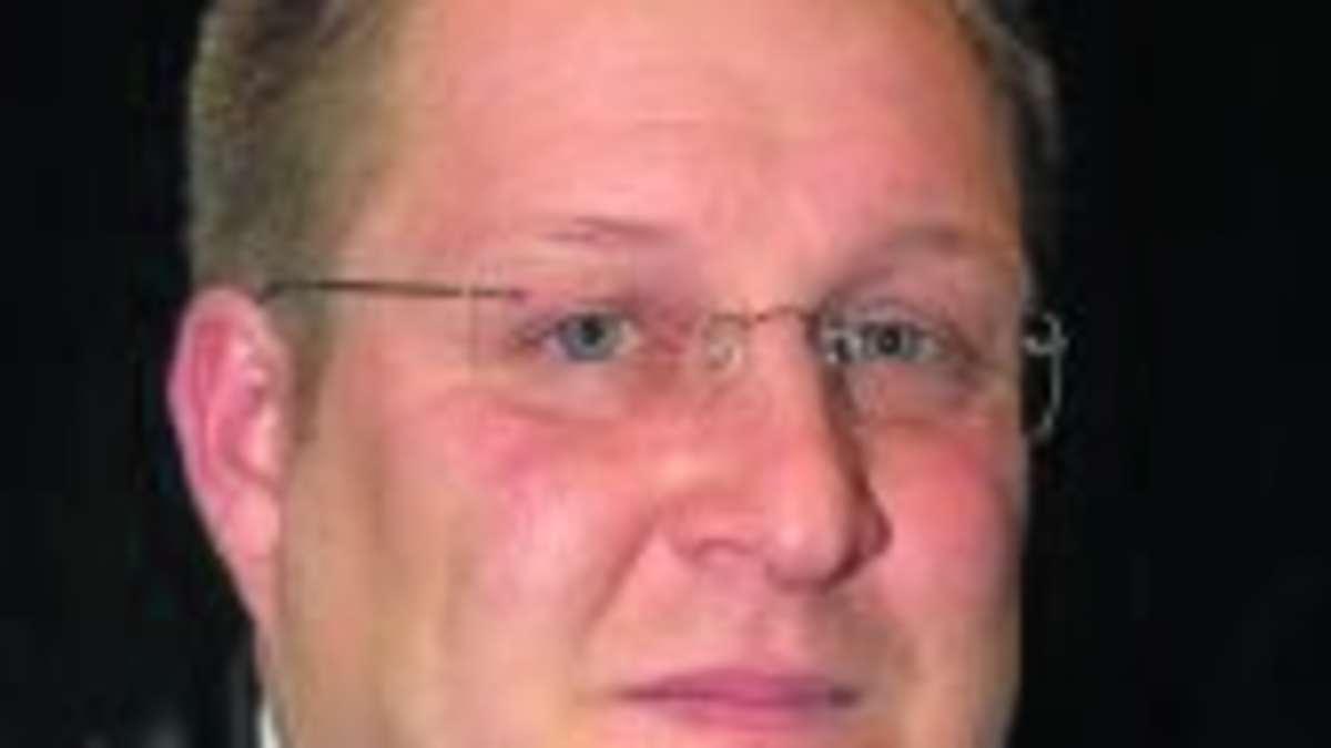 <b>Martin Trost</b> als Brandinspektor wiedergewählt - 1453041236-284533322_344-pef