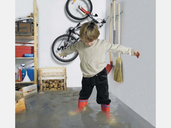 sichere systeme f r den keller gegen starken regen und wasser wohnen. Black Bedroom Furniture Sets. Home Design Ideas