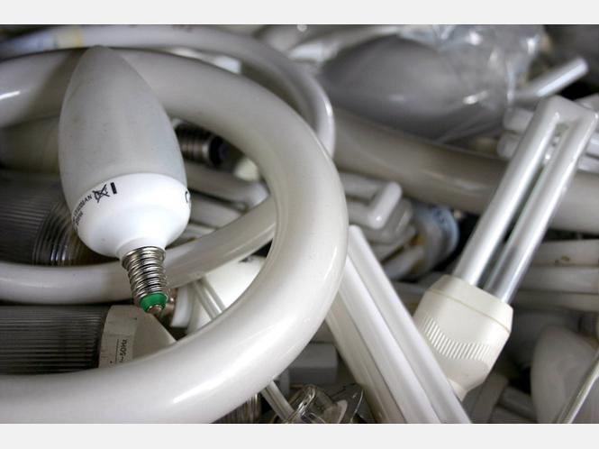 giftige stoffe in energiesparlampen die g ttinger entsorgungsbetriebe geben tipps zur sicheren. Black Bedroom Furniture Sets. Home Design Ideas
