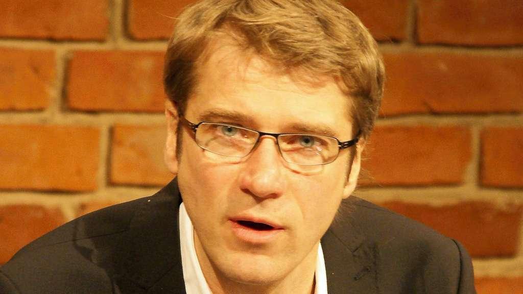 Wieder ein Schweizer: Nach <b>Mark Zurmühle</b> wird Erich Sidler, ... - 648239418-1020940641_80581-25qoQsPBa7