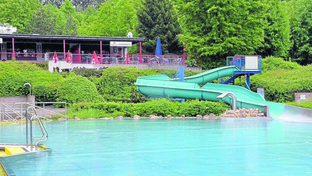 Waldschwimmbad Calden