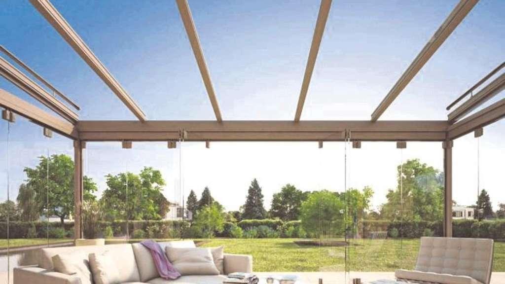 herbstmomente unter glas glasdachsysteme f r die terrasse verl ngern die freiluftsaison wohnen. Black Bedroom Furniture Sets. Home Design Ideas