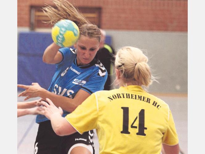 Traf gegen Northeim am häufigsten: SV-Spielmacherin Melanie Rogos. Fotos:Brandenstein