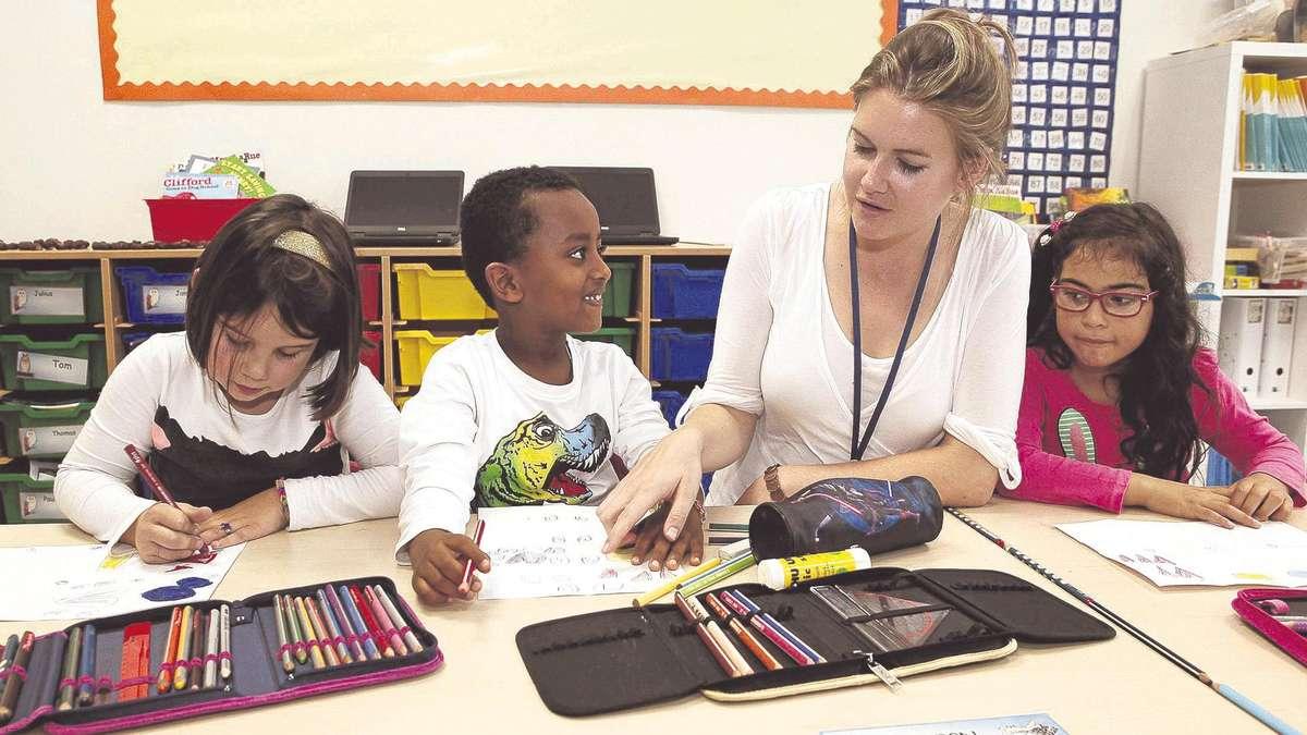 internationale grundschule h lfte des unterrichts findet auf englisch statt kassel. Black Bedroom Furniture Sets. Home Design Ideas