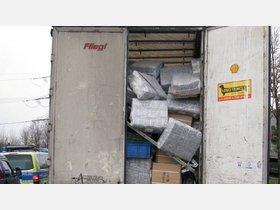 Polizei stoppt Schrott-Sattelzug auf der A 7 - HNA.de