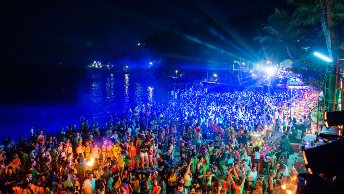 how to get to full moon party from bangkok