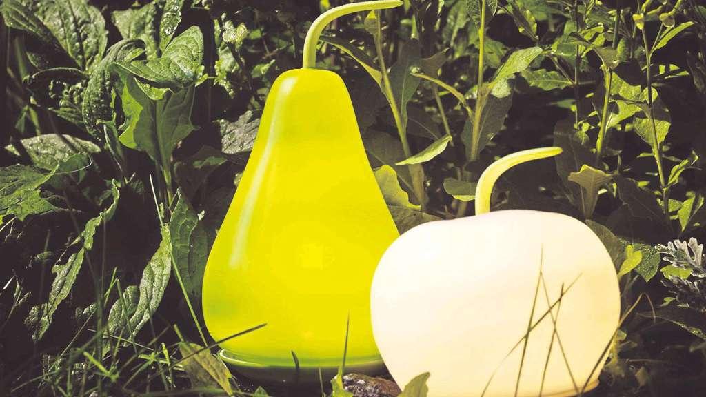 den balkon stimmungsvoll einrichten bepflanzen und beleuchten anzeigen. Black Bedroom Furniture Sets. Home Design Ideas