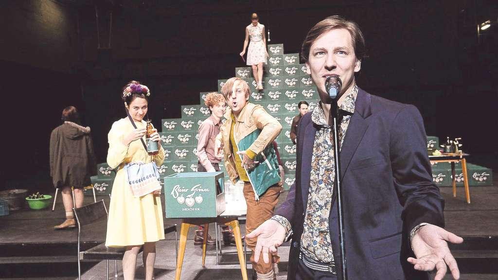 """Premiere im Schauspielhaus: """"Immer noch Sturm"""""""