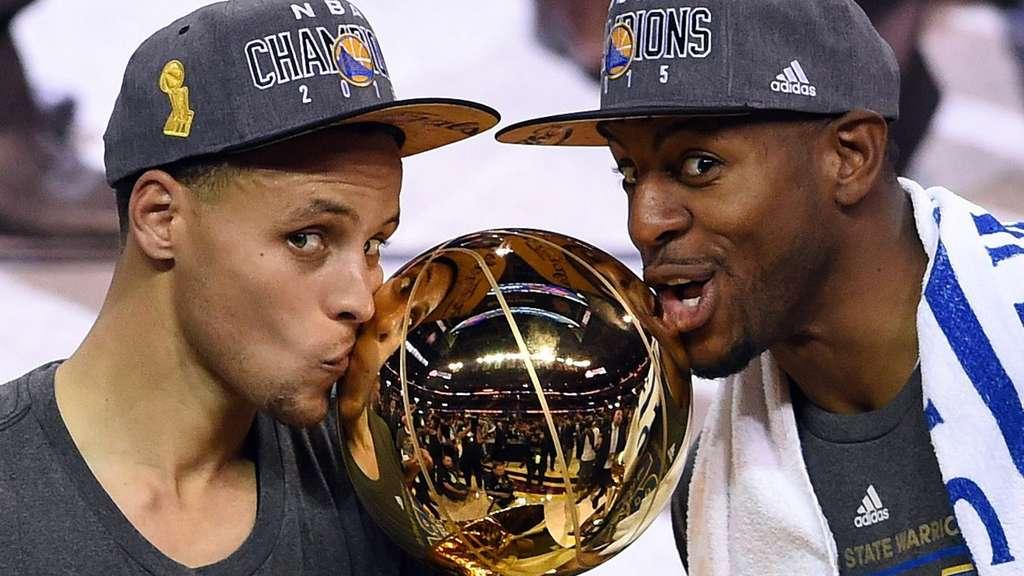 Golden State Warriors krönen sich gegen die Cleveland ...