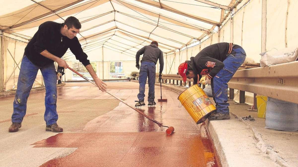 Im Zelt Vor Blitz Geschützt : Brückenbau am industriegebiet tannenhöhe unter dem zelt