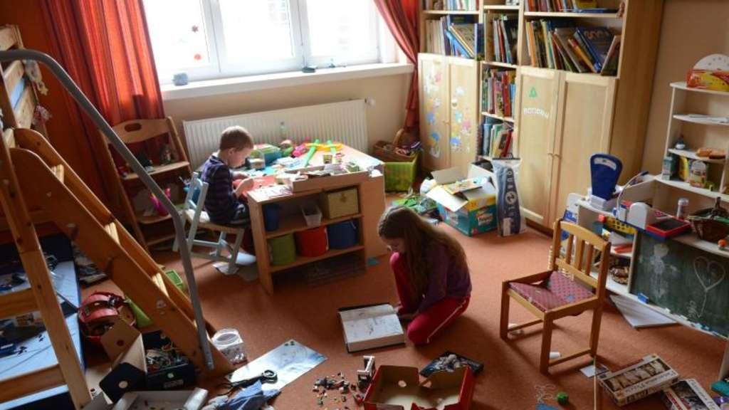 anderes zuhause erleben kinder sollten freunde besuchen welt. Black Bedroom Furniture Sets. Home Design Ideas