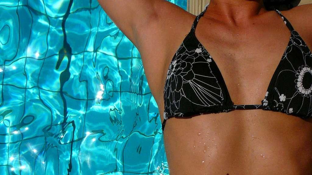 70 jahre bikini ein mode schock feiert geburtstag welt. Black Bedroom Furniture Sets. Home Design Ideas