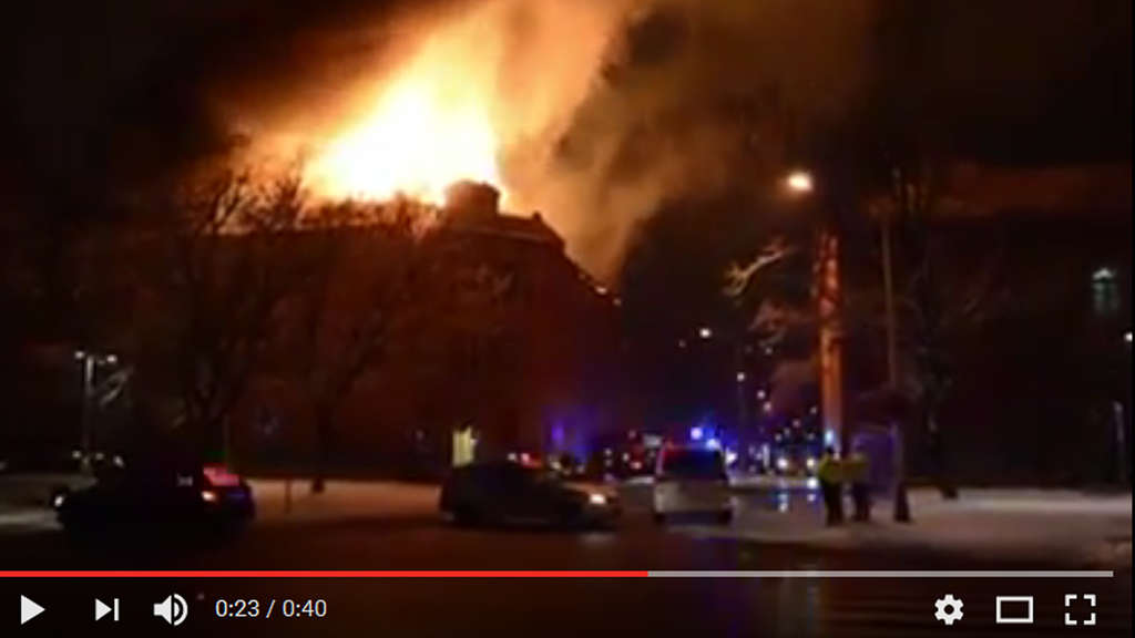 Slowakische Universität in Flammen - Video