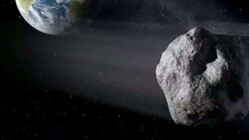 """Die Grafik zeigt den Flug des Asteroiden""""2018 CB"""" knapp an der Erde vorbei"""