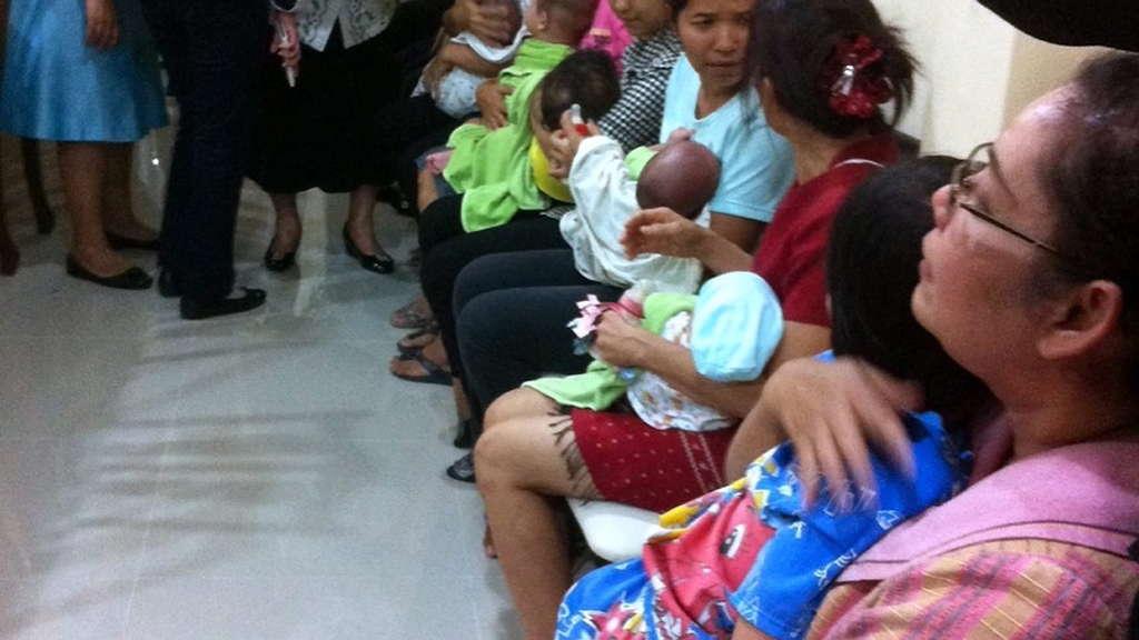 Japaner erhält Sorgerecht für 13 Leihmutter-Babys