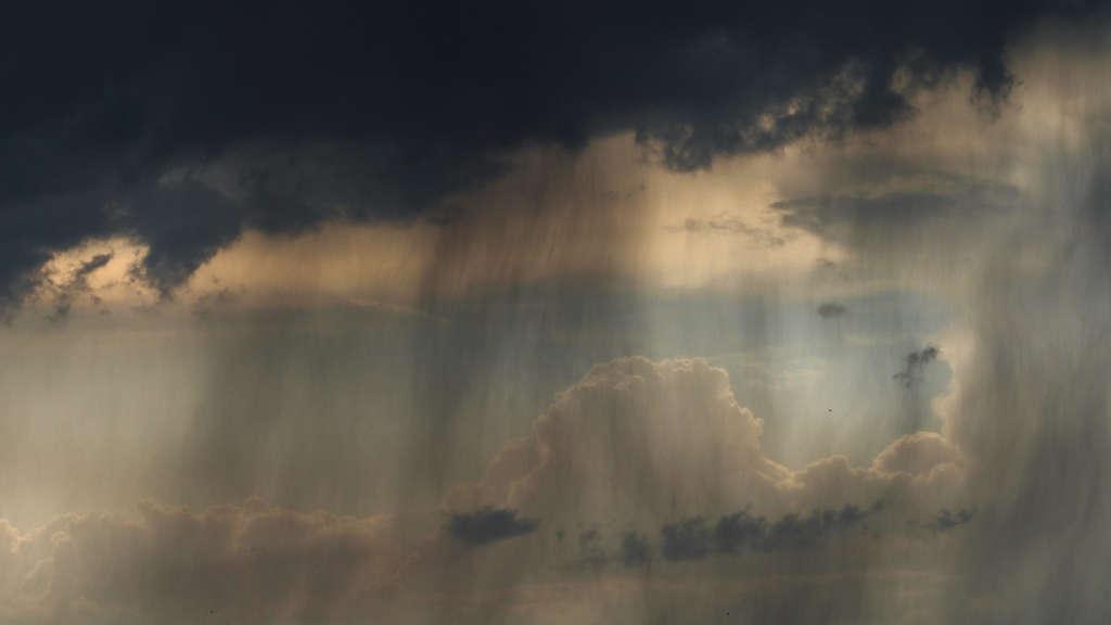 Gewitter, Hagel, Orkanböen - In diesen Regionen kracht es ab Mittag gewaltig