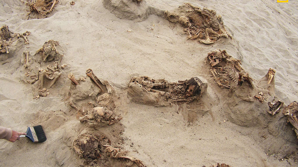 Archäologen entdeckten Kinder-Massengrab in Peru