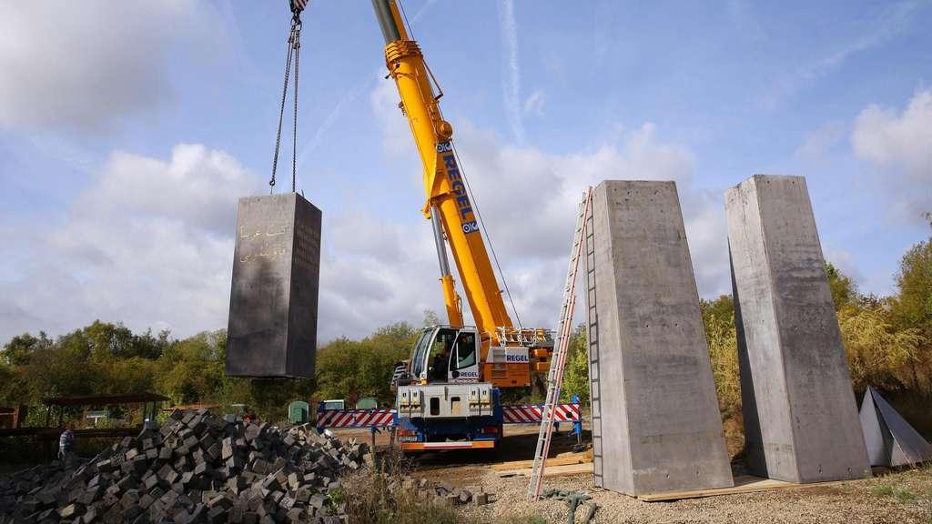 Kassel lässt documenta-Kunstwerk Obelisk abbauen