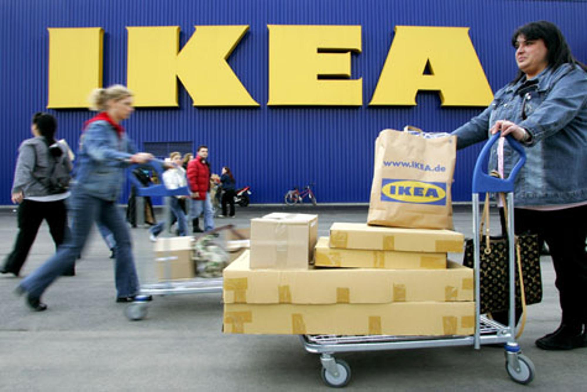 Frankreich: Frustrierte IKEA-Mitarbeiter besetzen Zentrale   Wirtschaft