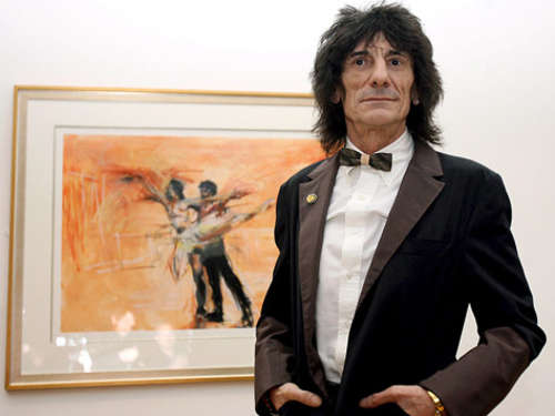 Rocker Ronnie Wood als Mode-Designer
