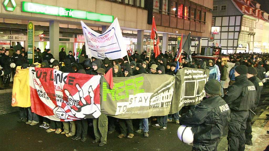 Göttingen: 400 Linke demonstrierten in der Innenstadt
