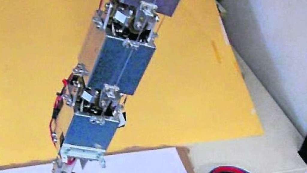 Roboter Malt Chinesisch Politik