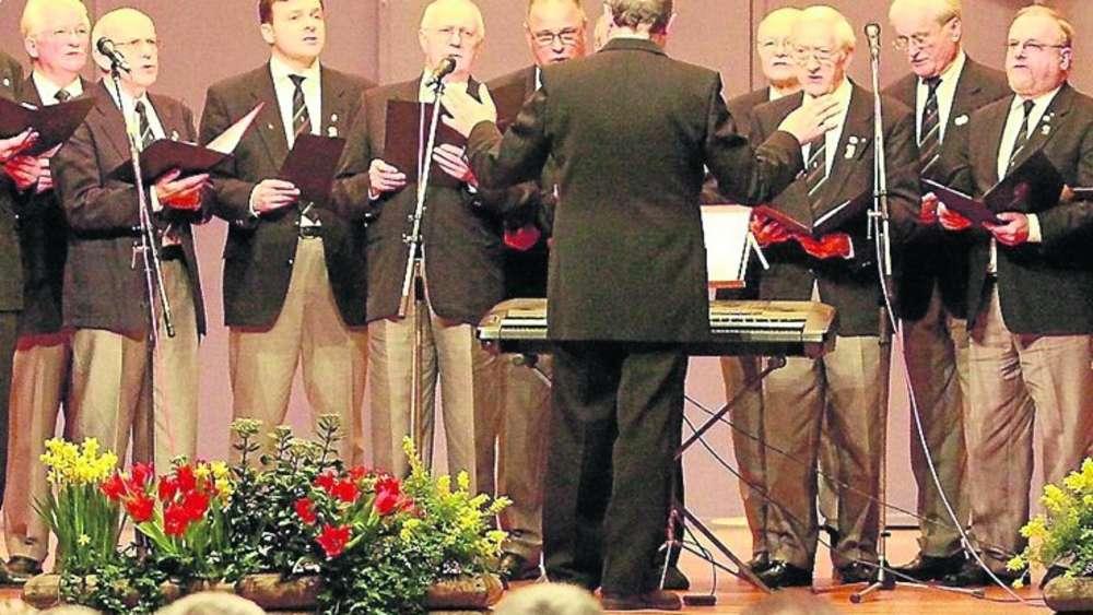Engagement auch aus Salzderhelden: Der Männergesangverein Concordia sang für die Northeimer Brandopfer.