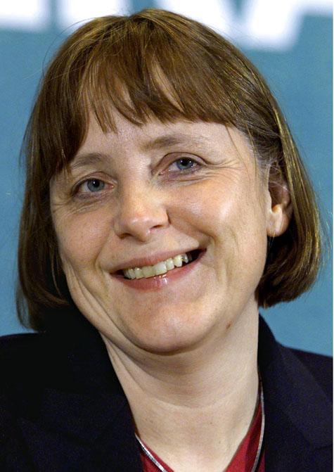 Angela Merkel Entspannt Im Urlaub In Sudtirol Politik