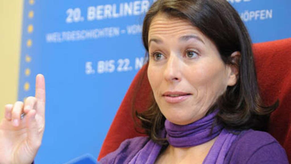 Anne Will Frauen Sollten In Talkshow Einfach Mal Auf Den Tisch