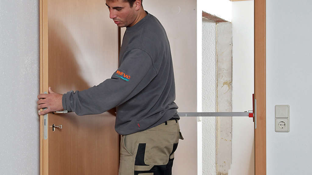 Sanieren: Altgediente Türen gegen neue austauschen, schneller ...