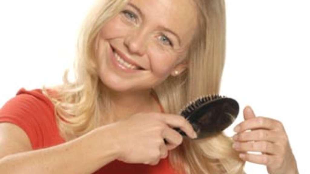 Die Creme die Maske für das Haar mit dem Klettenwurzelöl