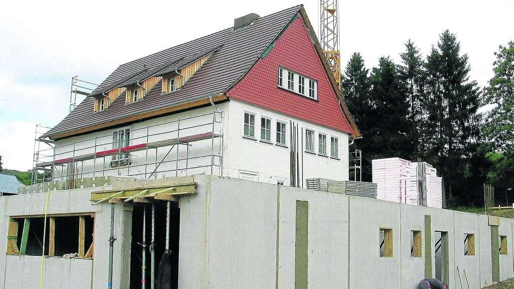 Anbau Wachst Nun In Die Hohe Kreis Kassel
