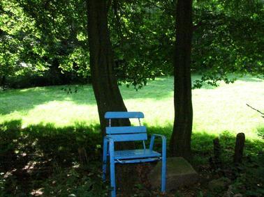 Astonishing Blickumenta Gebilde Bitten Zum Innehalten Witzenhausen Gmtry Best Dining Table And Chair Ideas Images Gmtryco