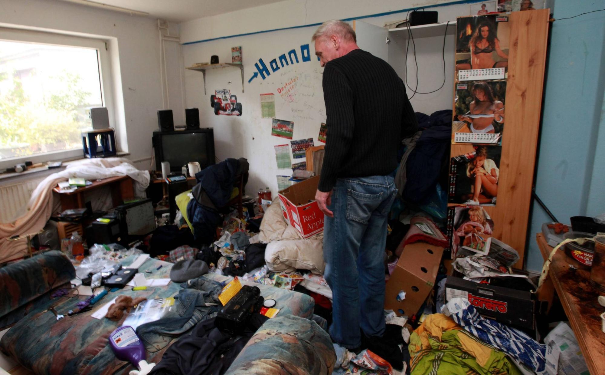 Zuruck Blieb Chaos Messie Vermullte Wohnung Und Verschwand