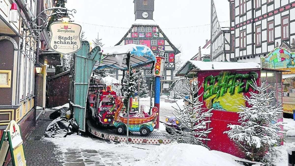 Hausbesitzer der Stadtschänke in Uslar kritisiert Kindereisenbahn ...