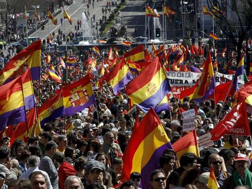 Massenprotest gegen Monarchie in Spanien