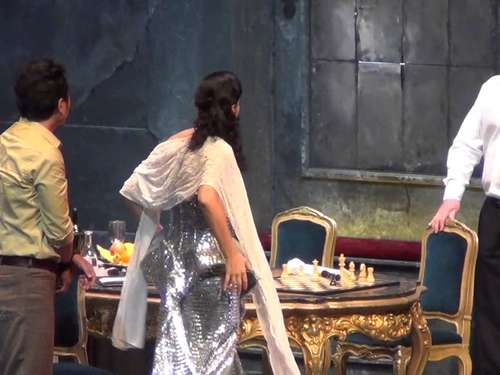 "Opernhaus in Kassel: Emotionale Tiefe in Puccinis ""Tosca"""