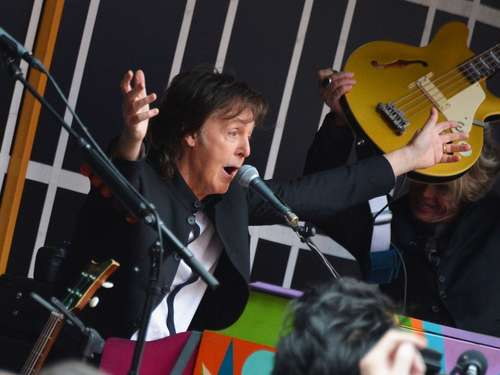 Paul McCartney gibt Konzert auf Times Square