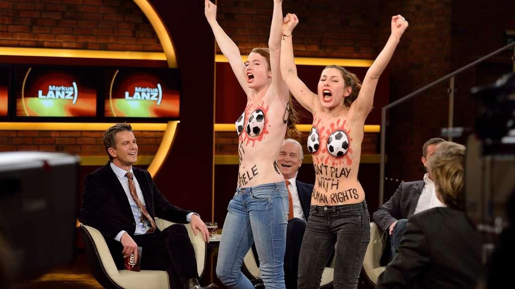 frauen handball nackt
