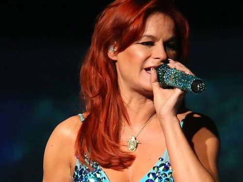 Atlantis in den Herzen: Andrea Berg in der Eissporthalle