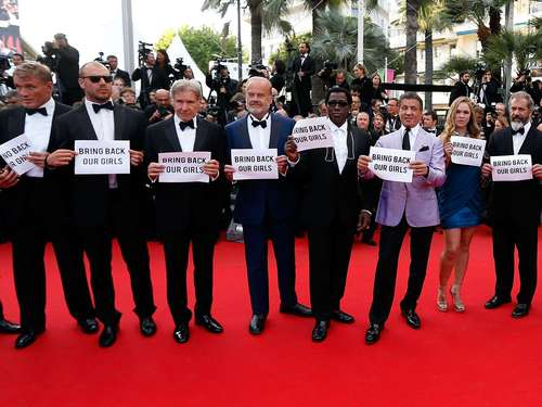 """Expendables"" fordern: ""Bring back Our Girls"""