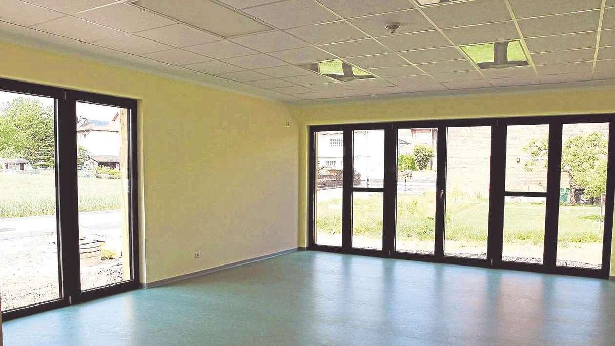 ^ Blick in den Neubau der Kindertagesstätte in Breitenbach ...