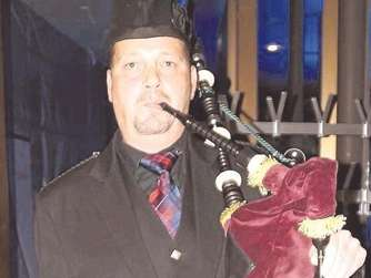 Matthias Göbel von den Iron Hill Highland Pipers.