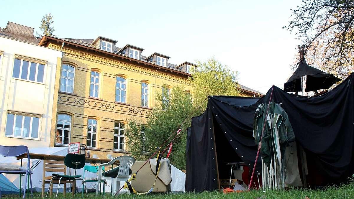 wohnrauminitiative studenten zeltlager ist jetzt abgebaut g ttingen. Black Bedroom Furniture Sets. Home Design Ideas