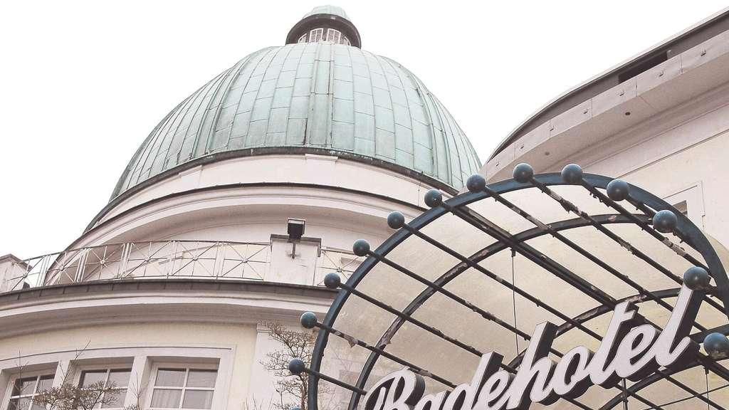 Traditionsbegriff Badehotel Verschwindet Bad Wildungen