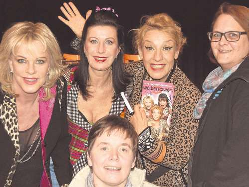 Sissi Perlinger, Lisa Fitz und Patrizia Moresco in Ellis Saal