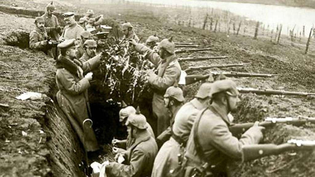 Weihnachten Im Ersten Weltkrieg Der Weihnachtsfrieden 1914 Politik