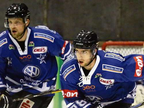 Huskies siegen in Crimmitschau 6:5