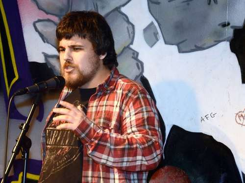 Erster Poetry-Slam im Jugendzentrum Second Home in Baunatal